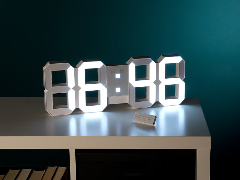 lunartec digitale xxl led tisch wanduhr 45 cm dimmbar wecker fernbedien. Black Bedroom Furniture Sets. Home Design Ideas